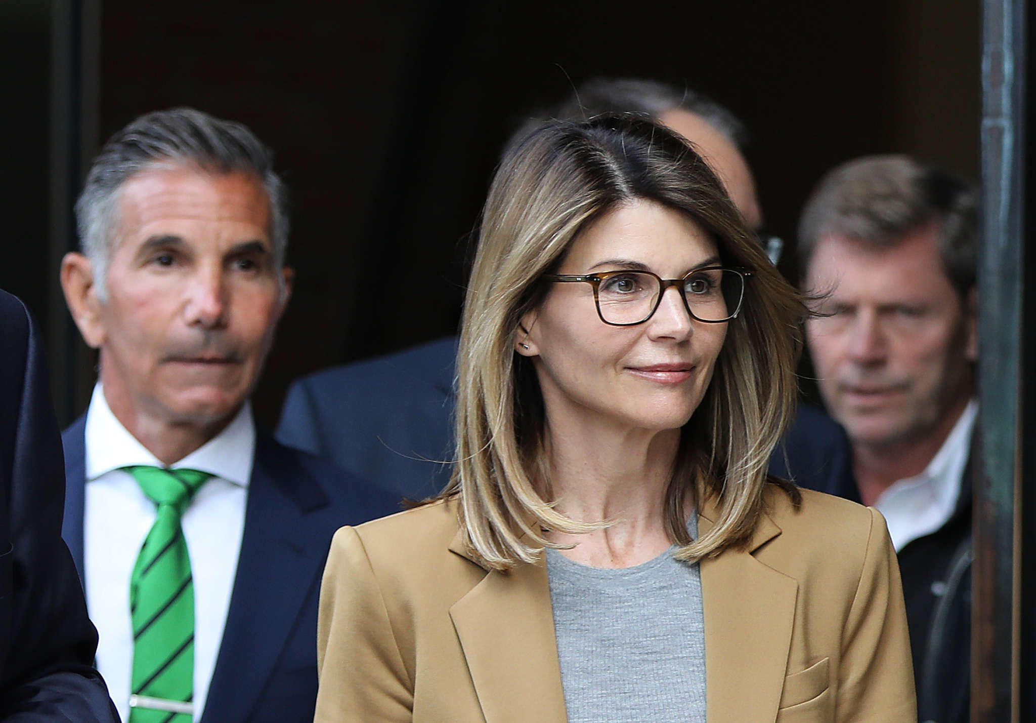 lori-loughlin-leaves-prison-after-serving-her-2-months-behind-bars