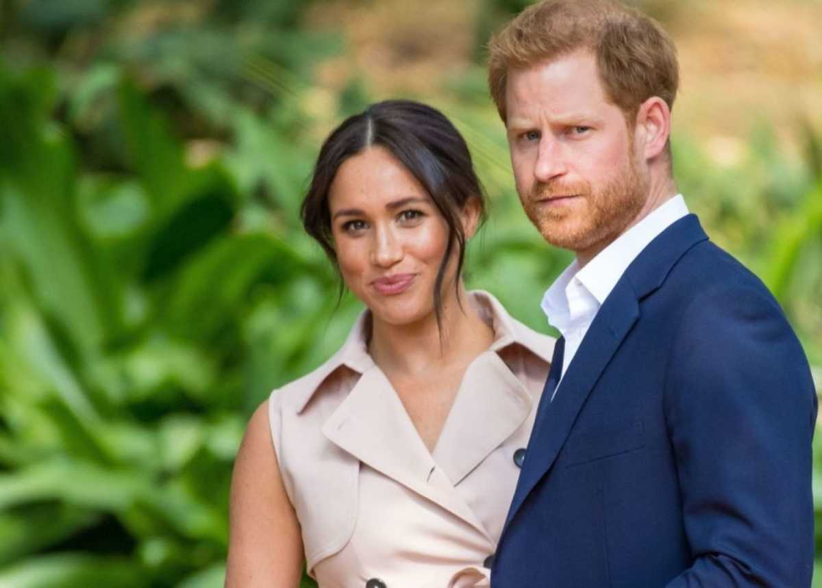 """meghan-markle-and-prince-harry-share-inspiring-letter-for-2021-and-pay-tribute-to-their-mothers"""