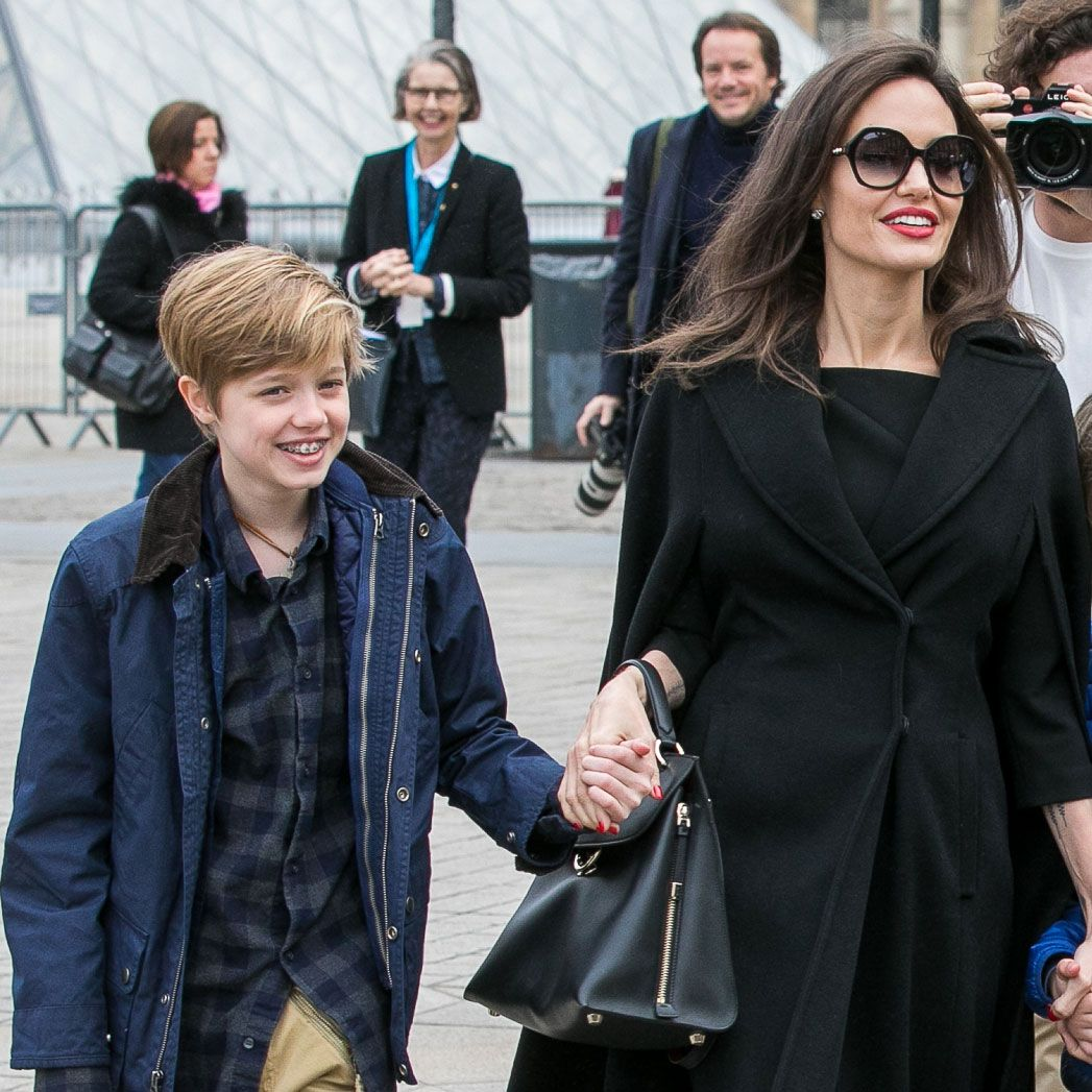angelina-jolie-and-brad-pitts-daughter-shiloh-is-as-tall-as-her-mom-in-new-pics-check-it-out