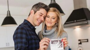 Arie Luyendyk Jr. And Lauren Burnham Share The Sex Of Their Unborn Twins - Find Out What They're Having!
