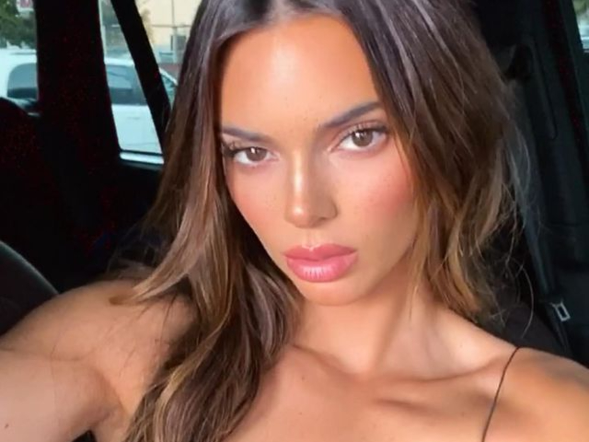 kendall-jenner-shows-off-her-new-hair-extensions-in-these-photos