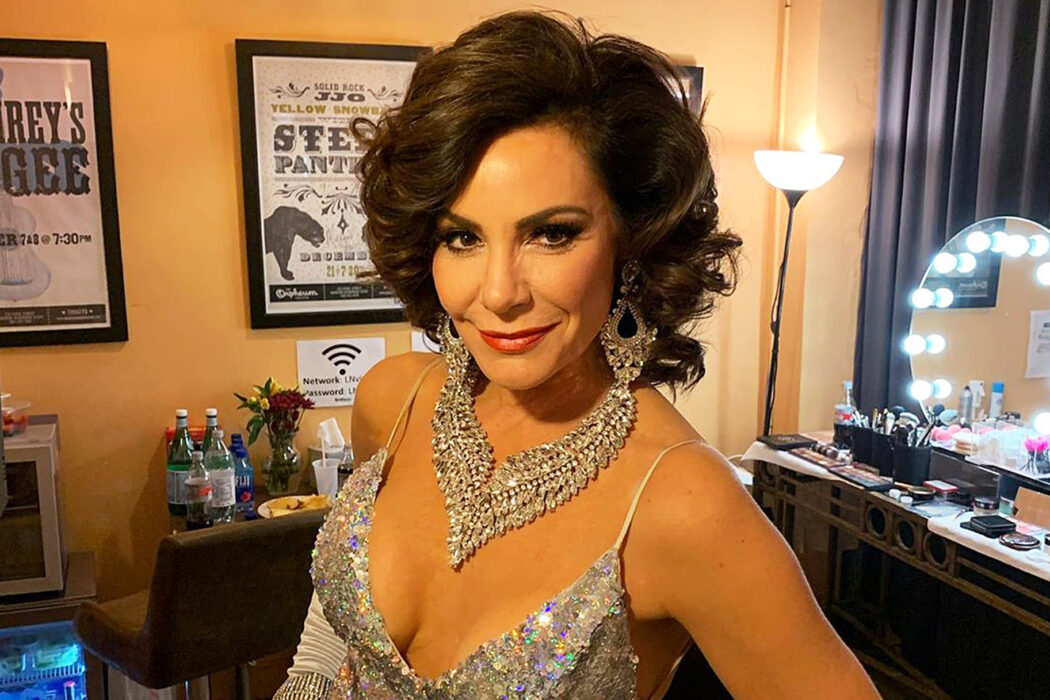 luann-de-lesseps-denies-partying-without-a-mask-and-putting-the-rhony-production-at-risk