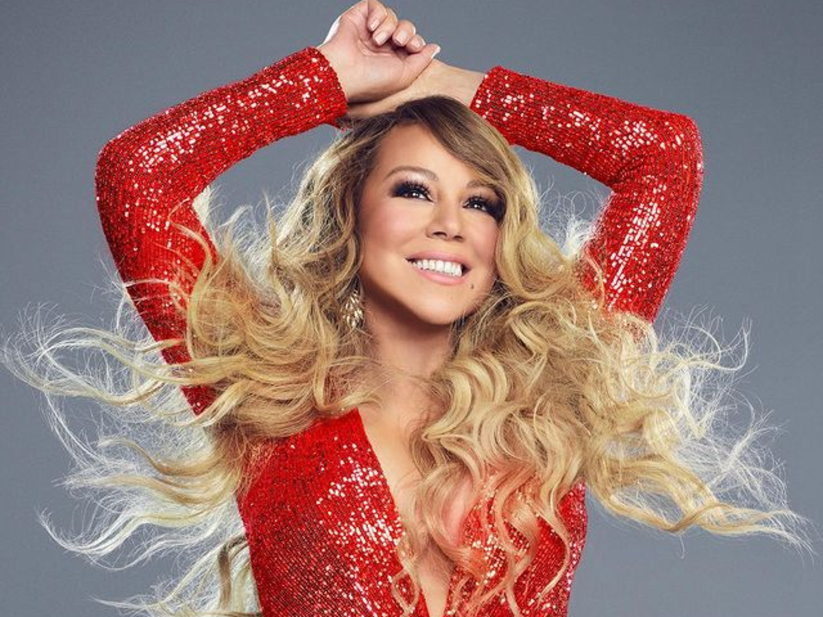 mariah-carey-sings-auld-lang-syne-a-capella-and-forgets-the-words-watch-video