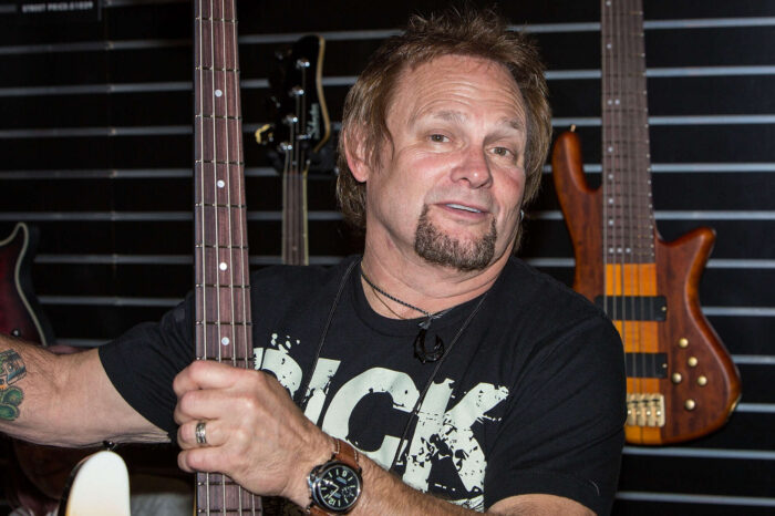 Van Halen Bassist Michael Anthony Says Eddie's Death Kind Of 'Bothered' Him Because They Never Reconciled