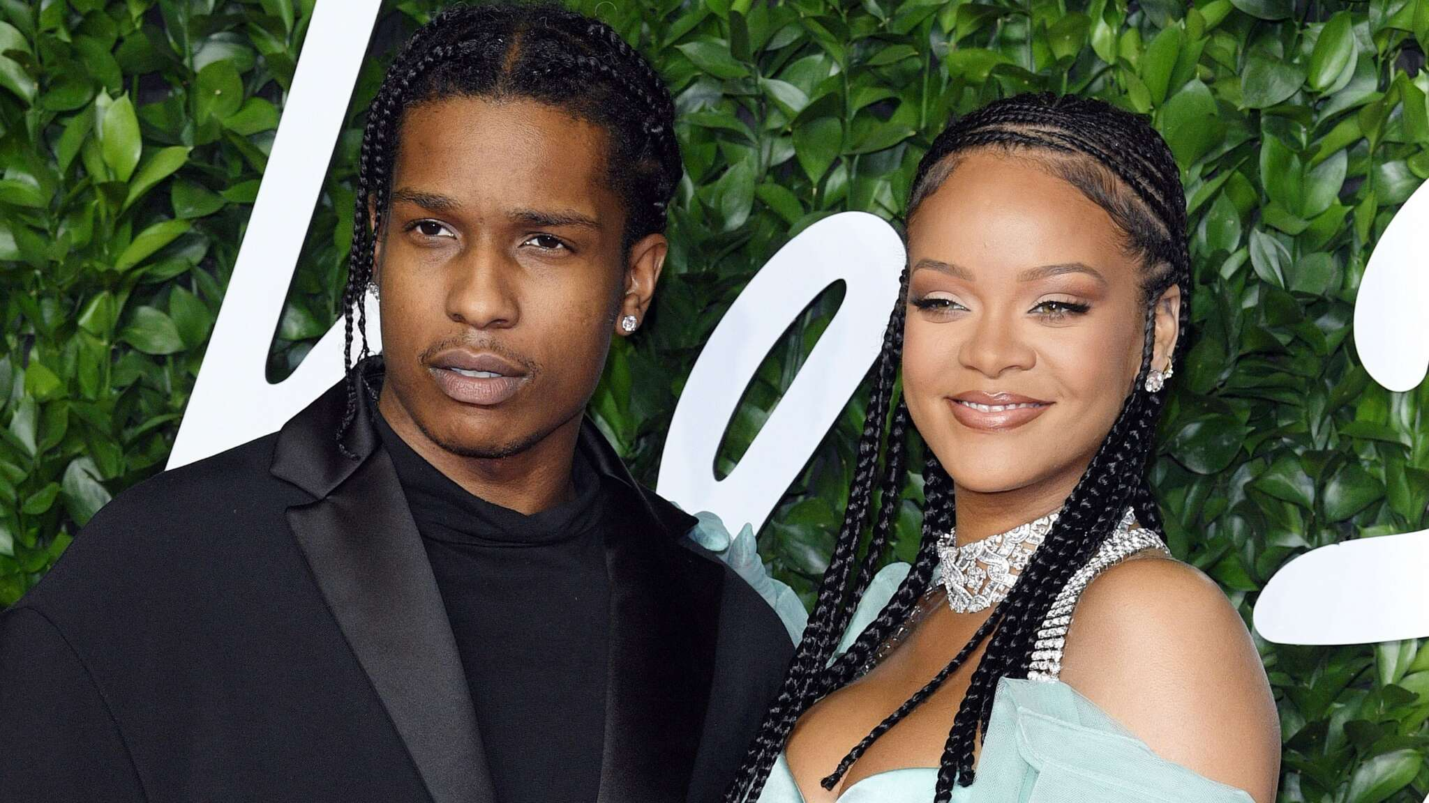 """""""rihanna-and-asap-rocky-heres-how-her-loved-ones-reacted-to-rihanna-bringing-her-new-bf-home-for-the-holidays"""""""