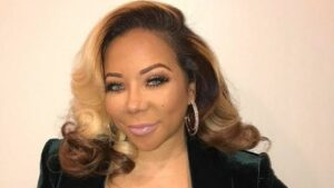 Tiny Harris Flaunts A New Look At A Dinner Date With T.I. - Check Out Her Crazy Hair!