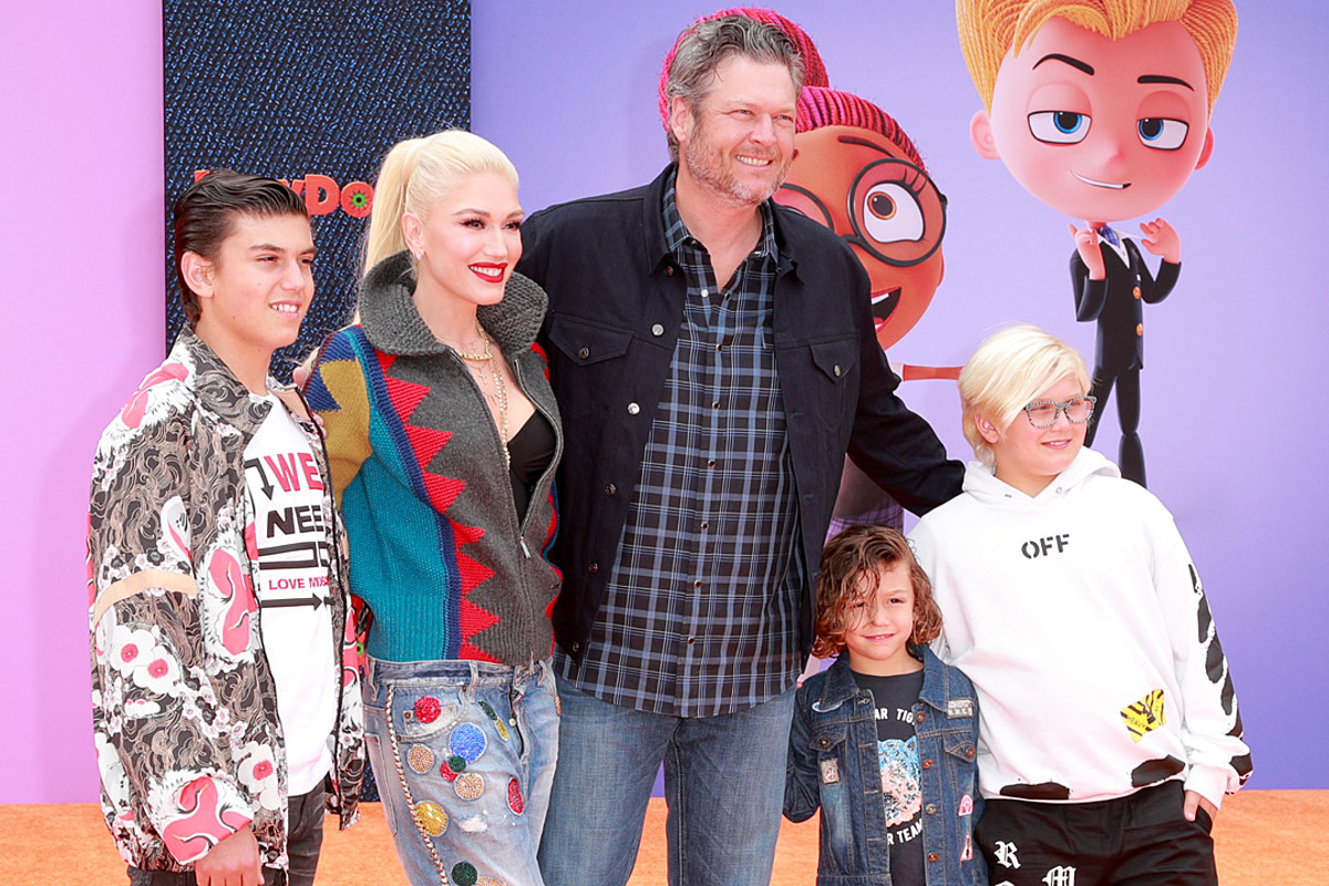 blake-shelton-says-he-cant-imagine-his-life-without-gwen-stefanis-boys-opens-up-about-his-role-as-a-stepfather