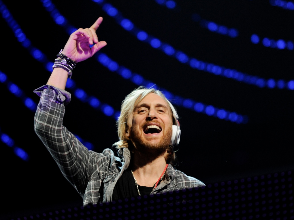 """dj-david-guetta-says-its-absolutely-fair-that-festival-goers-get-covid-19-vaccine-in-order-to-enter"""
