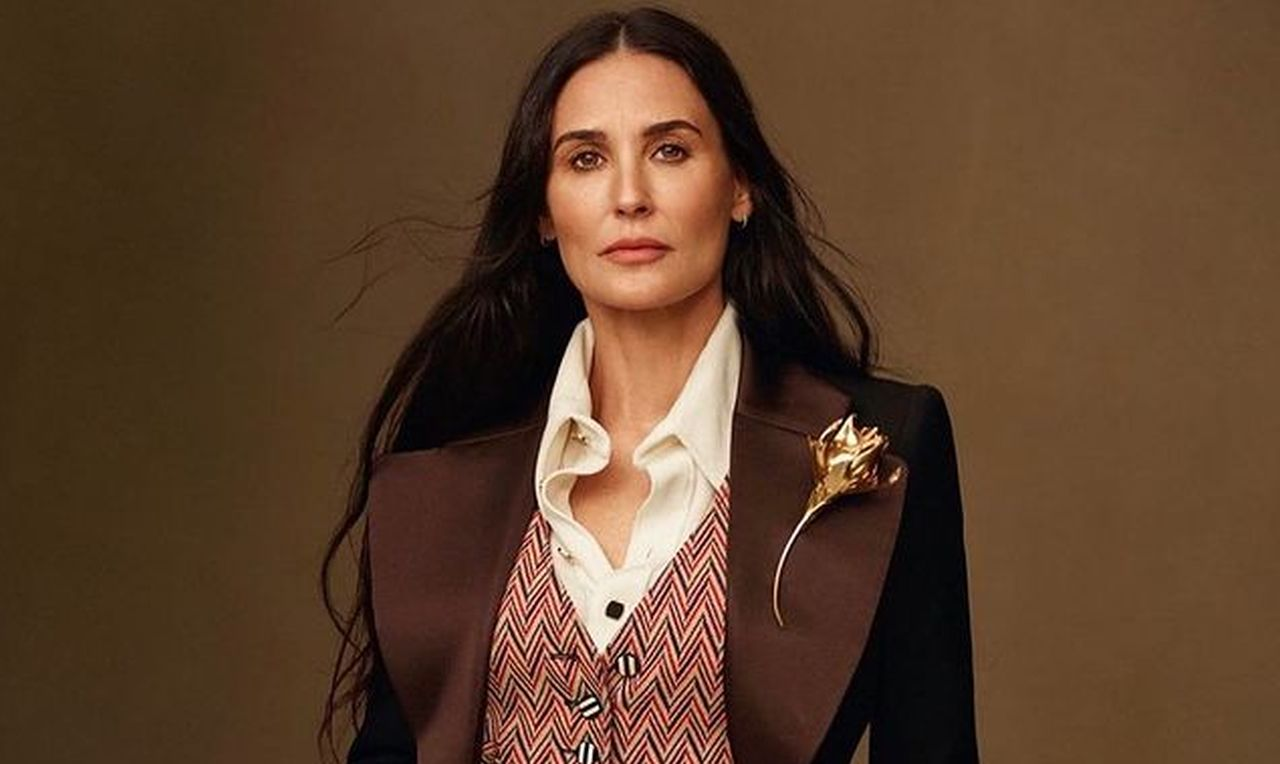 """""""demi-moore-continues-to-spark-plastic-surgery-rumors-after-sharing-new-photos"""""""