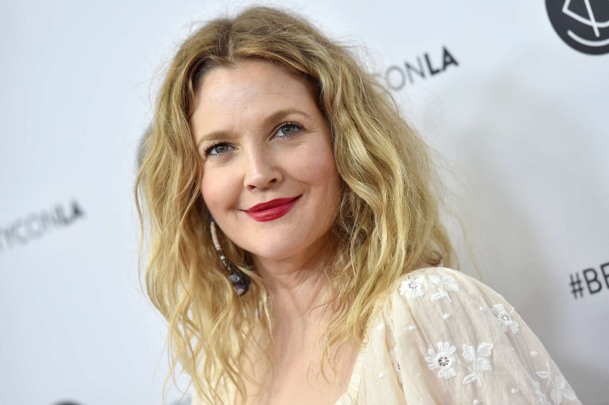drew-barrymore-opens-up-about-spending-a-year-and-a-half-at-a-really-strict-psychiatric-hospital-at-13