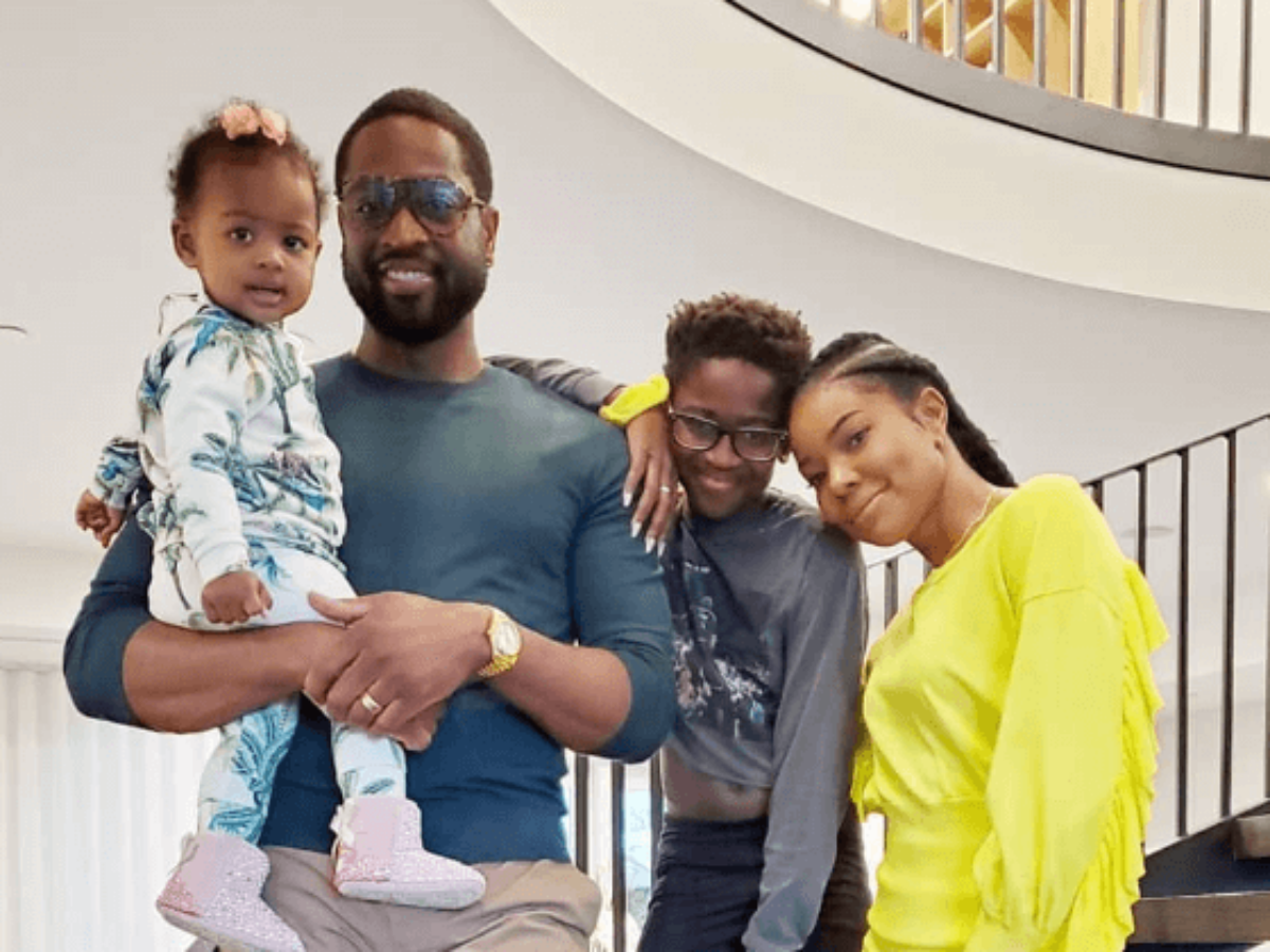 Gabrielle Union Poses With Kaavia James And Dwyane Wade - Check Out The Family Photo