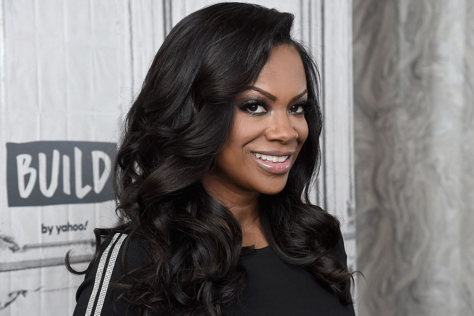 """""""kandi-burruss-shows-off-a-jaw-dropping-look-posing-like-this-see-her-photos-here"""""""