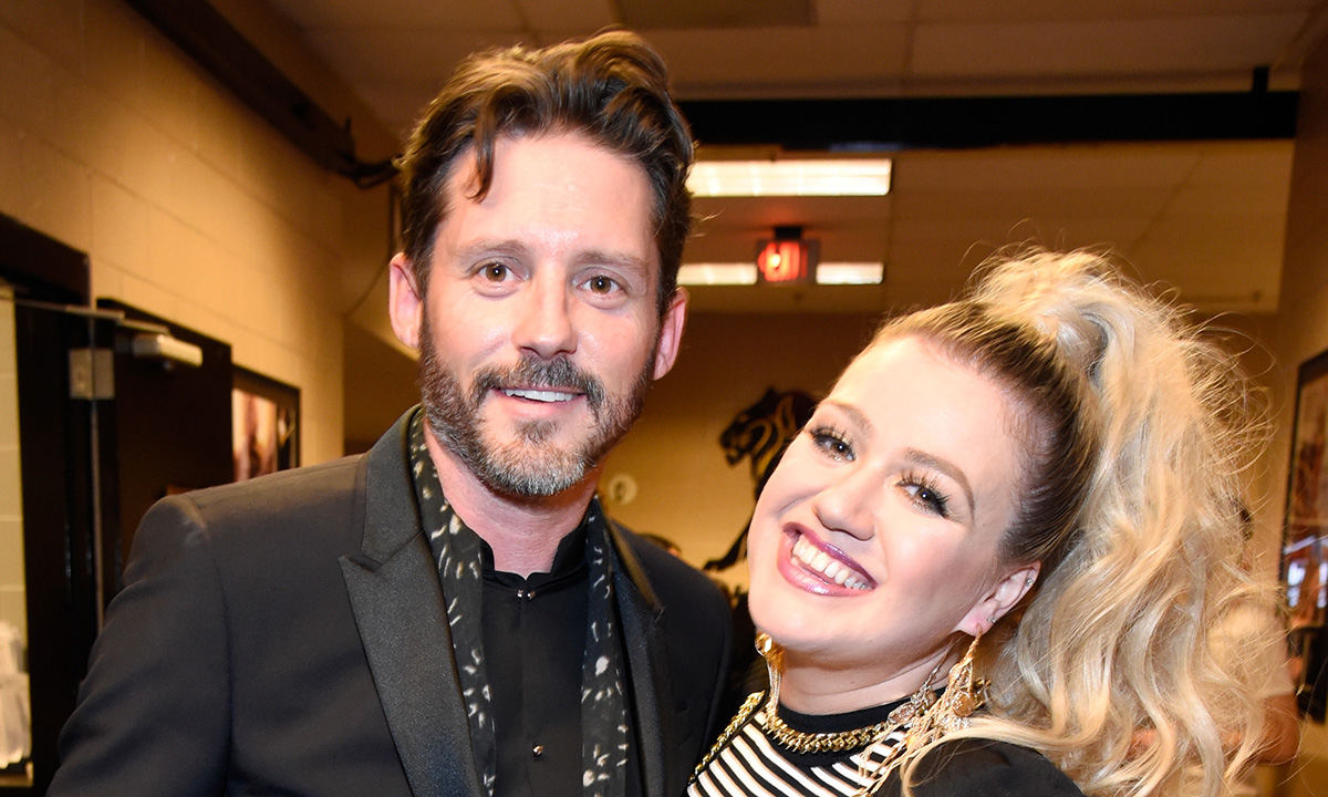 kelly-clarkson-says-shes-made-60-songs-since-divorcing-brandon-blackstock-as-an-outlet-for-her-grief