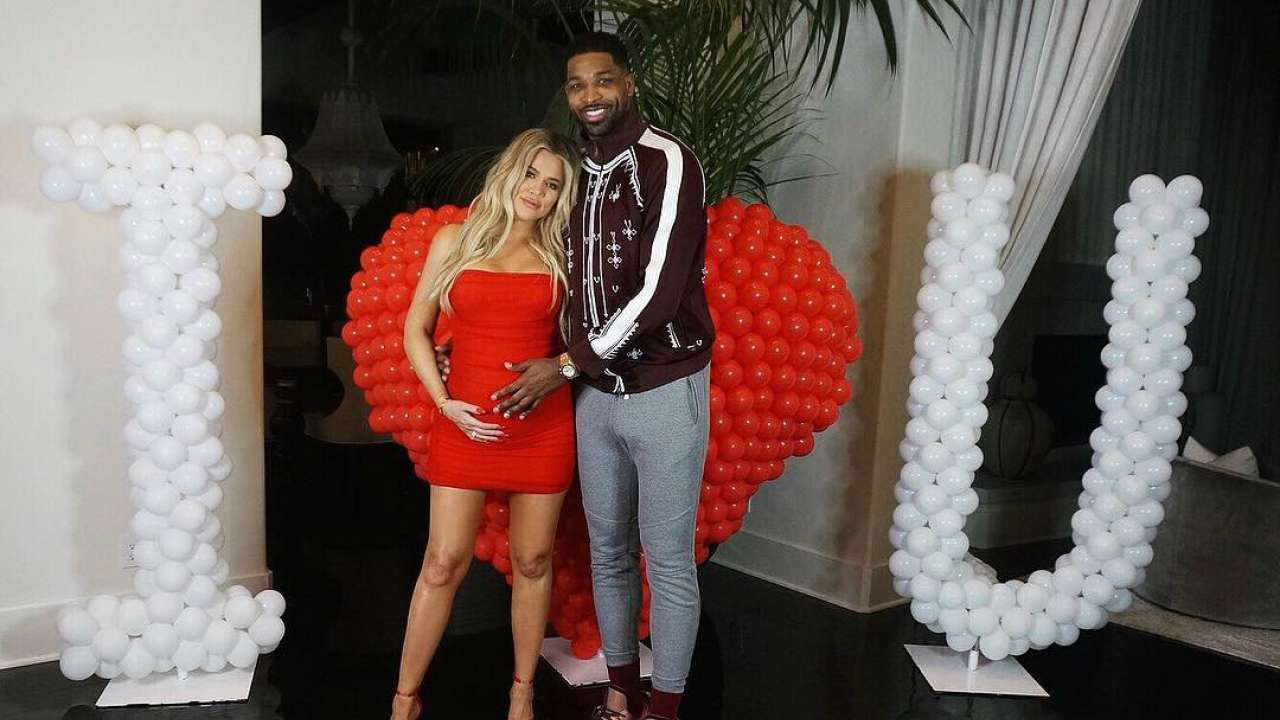 kuwtk-khloe-kardashian-gets-romantic-surprise-from-tristan-thompson-before-valentines-day