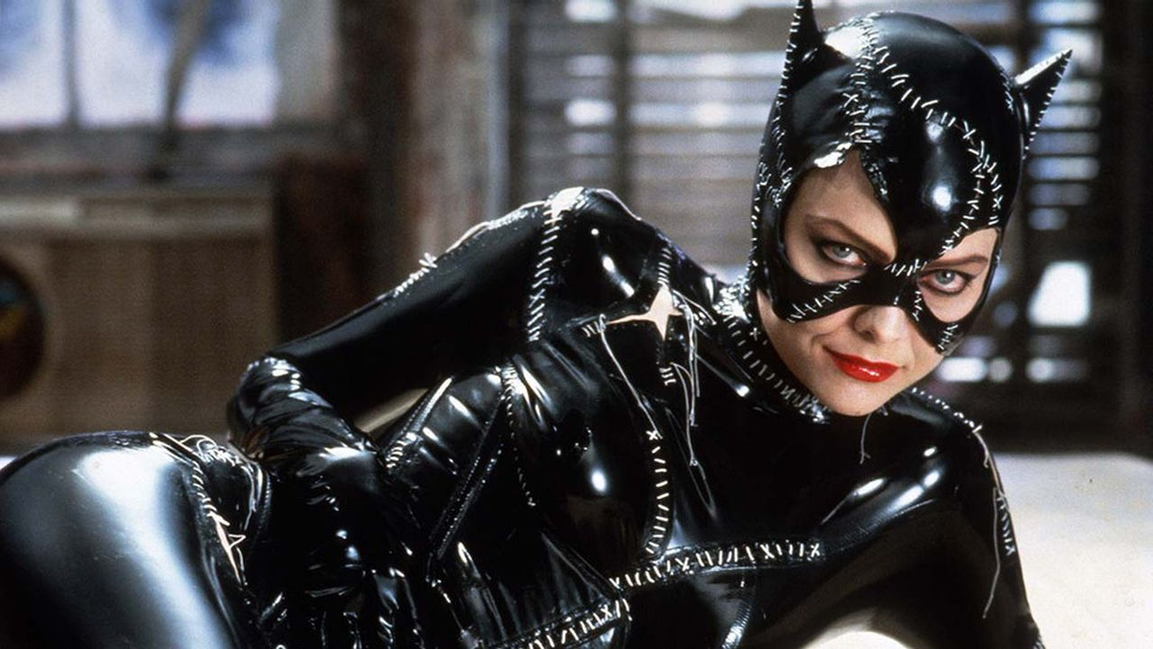 michelle-pfeiffer-as-catwoman-whipping-the-heads-off-mannequins-is-the-latest-viral-video