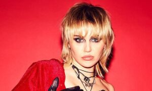 Miley Cyrus Shows Off Her Toned Abs In Christian Dior Bra