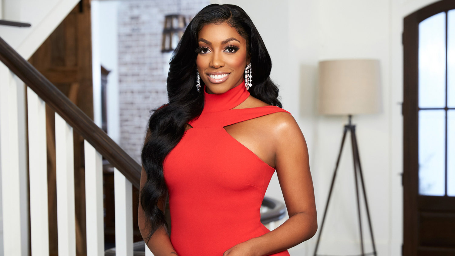 """porsha-williams-tells-fans-she-will-continue-to-hustle-for-her-daughter"""