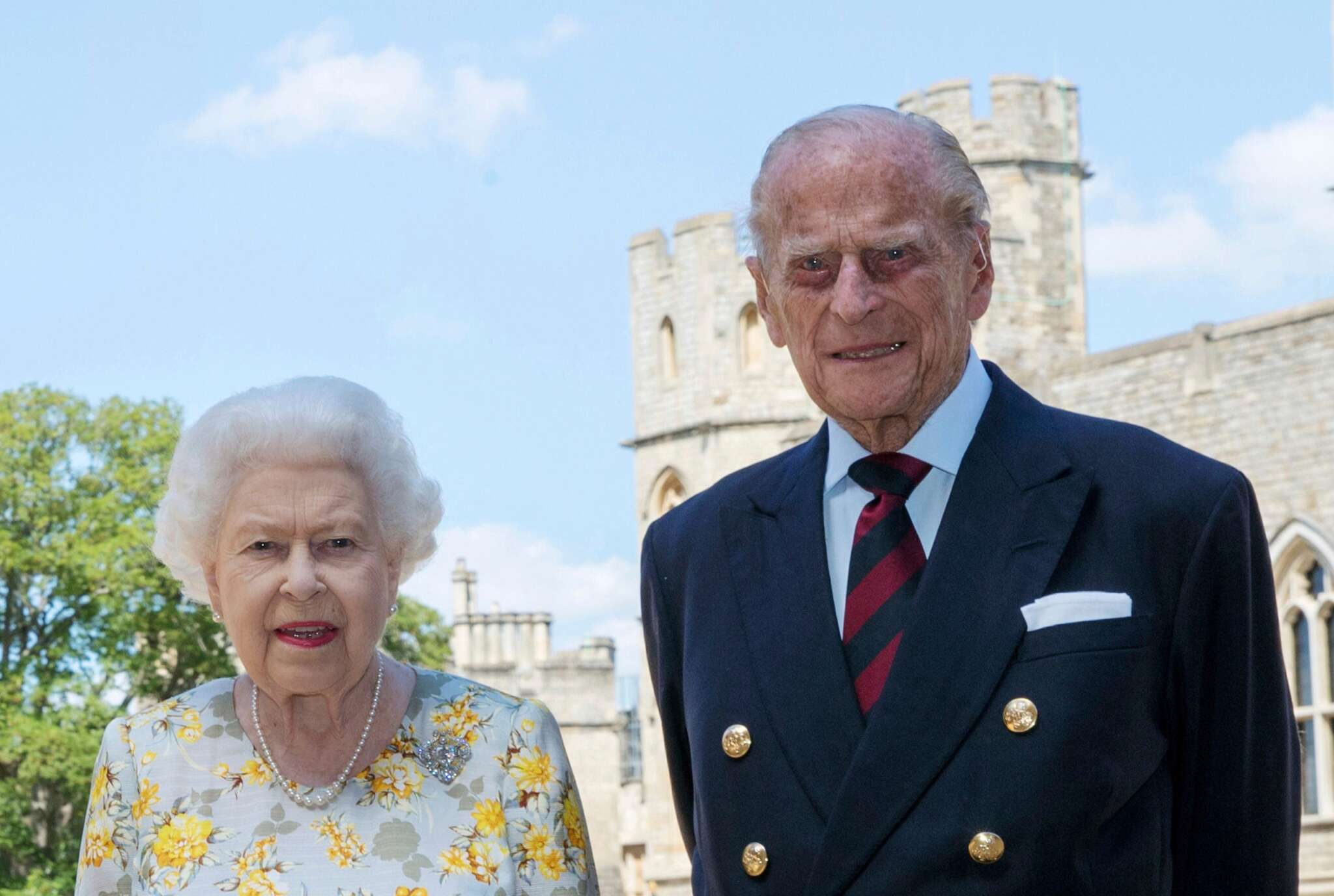 prince-philip-gets-admitted-to-the-hospital-after-feeling-unwell