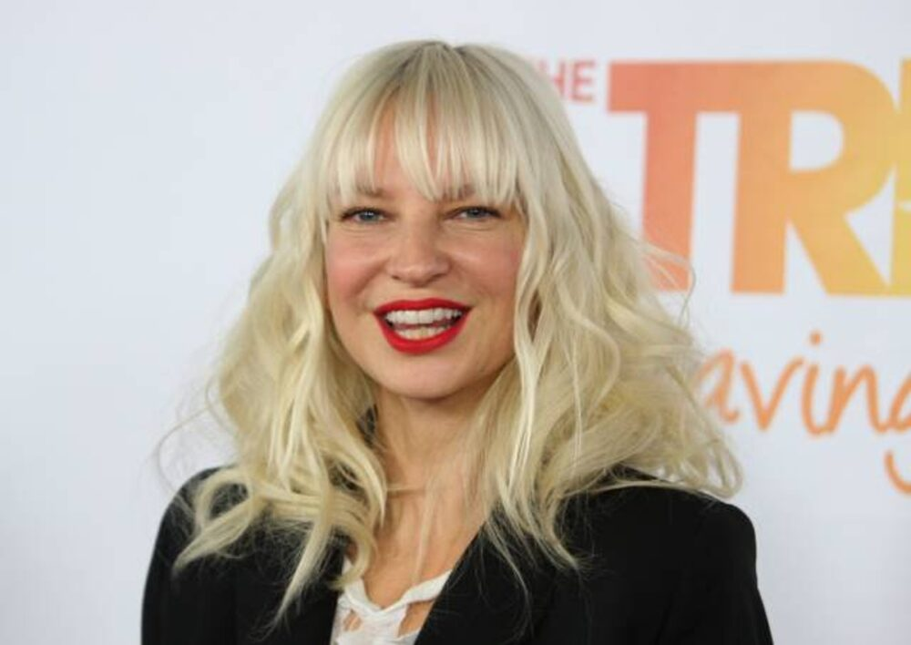 """""""sia-reportedly-deletes-her-twitter-following-golden-globe-nomination-for-movie-music-which-caused-controversy-over-maddie-ziegler-casting"""""""