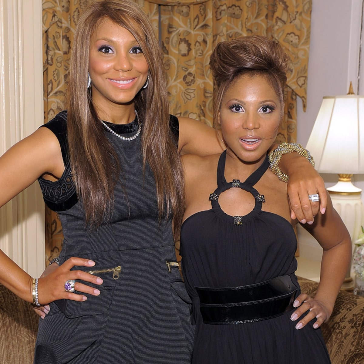 toni-braxton-wishes-a-happy-birthday-to-her-little-sister-tamar-braxton