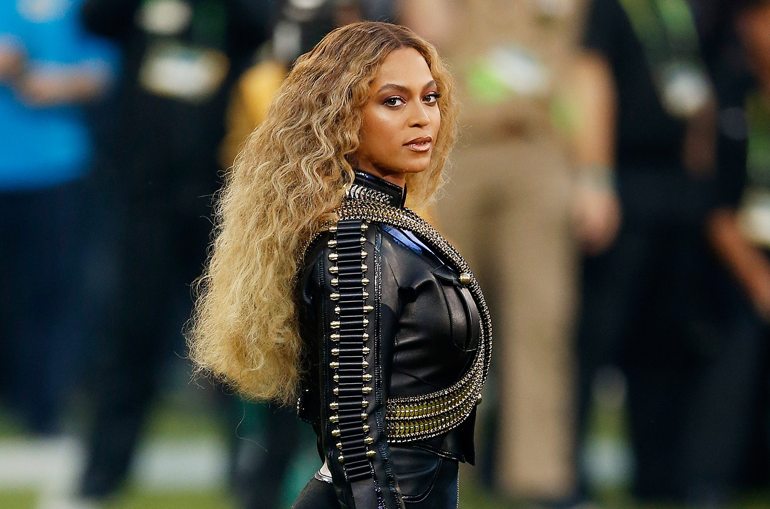 beyonce-makes-history-and-breaks-the-all-time-record-for-the-most-grammy-wins