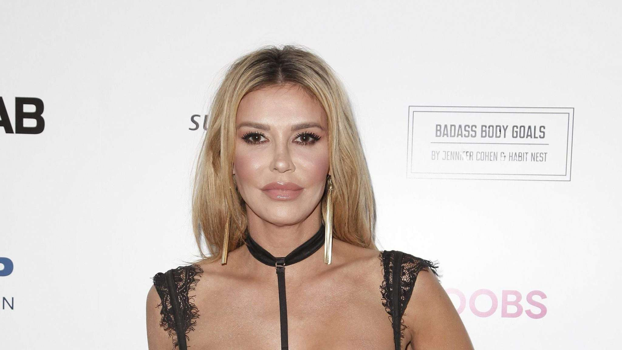 brandi-glanville-posts-shocking-picture-of-her-burned-face-in-response-to-plastic-surgery-rumors-heres-what-actually-happened-to-her