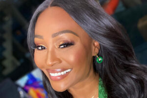 Cynthia Bailey Flaunts Her Beach Body On Vacay - Check Out Her Curves In These Photos