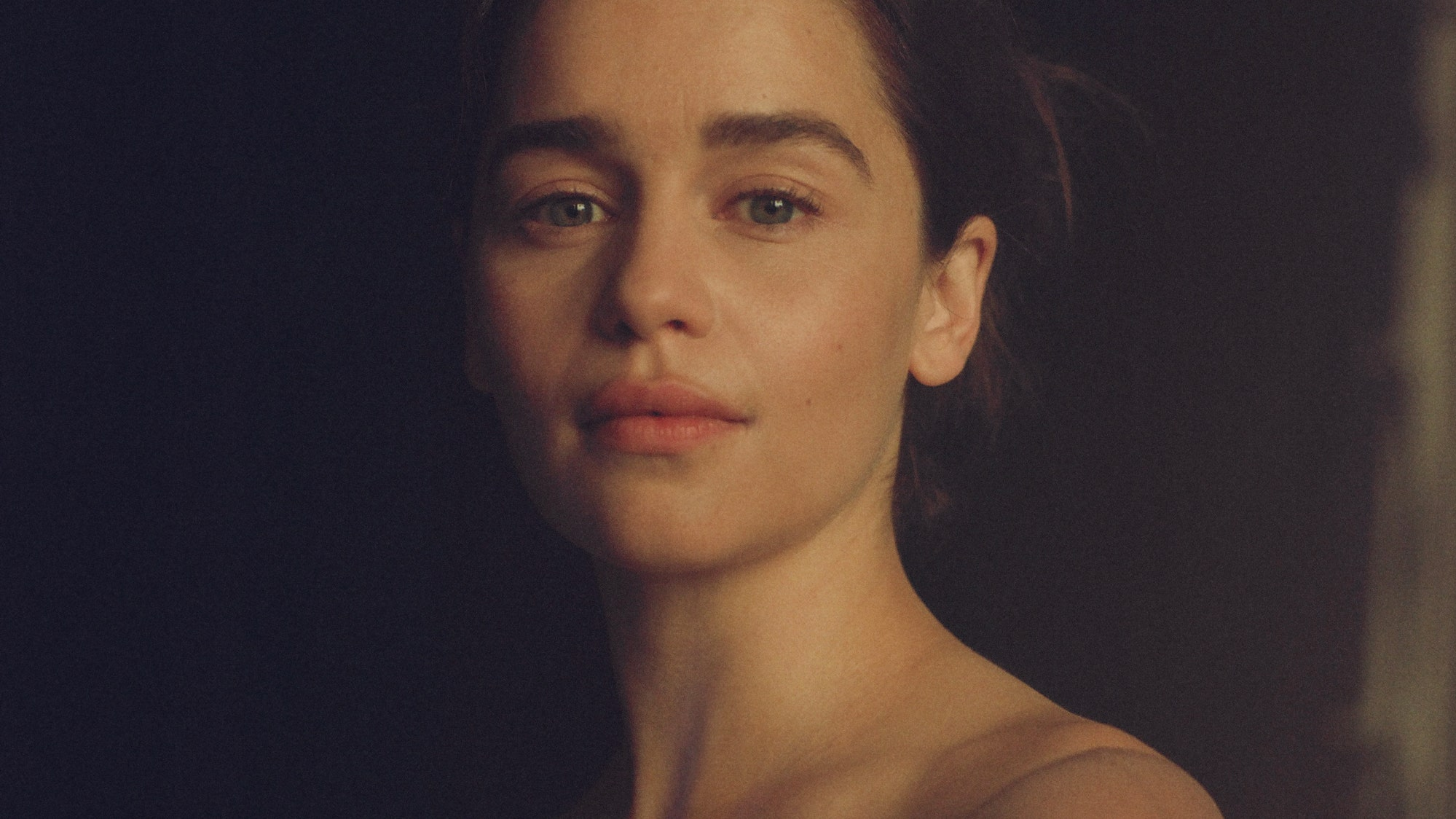 """""""emilia-clarke-says-she-was-told-she-needed-fillers-in-her-face-heres-how-she-reacted"""""""