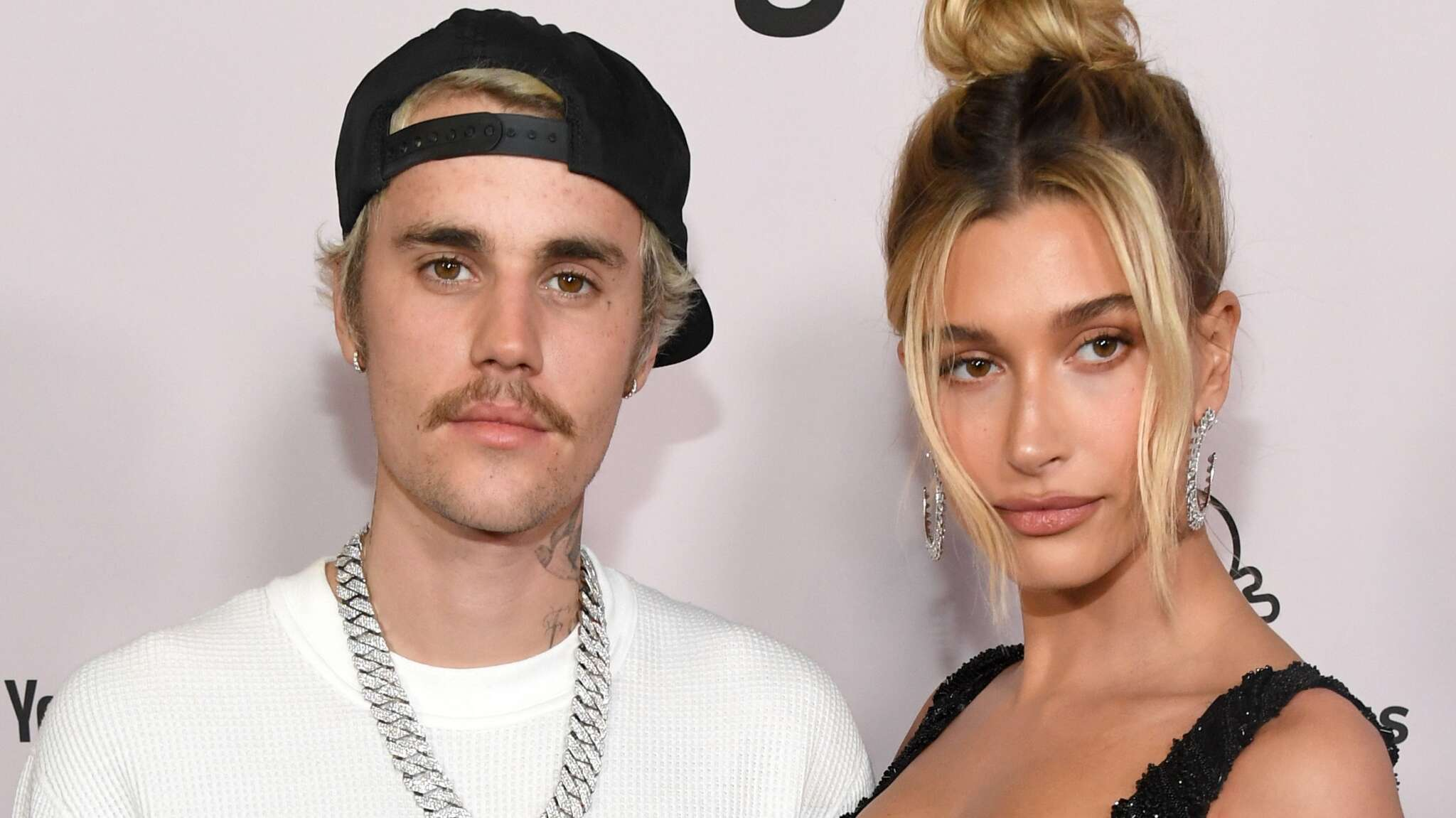 hailey-baldwin-raves-about-her-favorite-human-justin-bieber-on-his-birthday