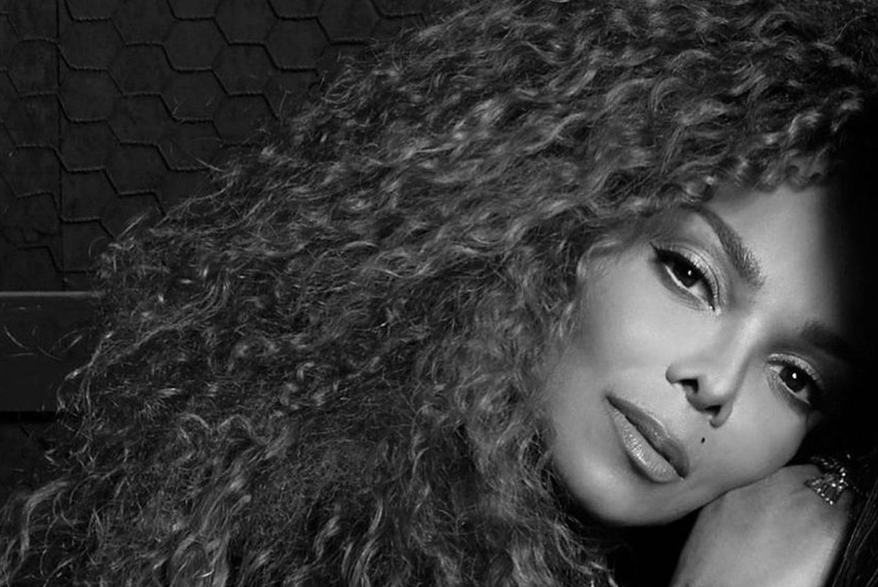 is-janet-jackson-spilling-details-on-bizarre-lifestyle-of-michael-jackson-in-new-documentary