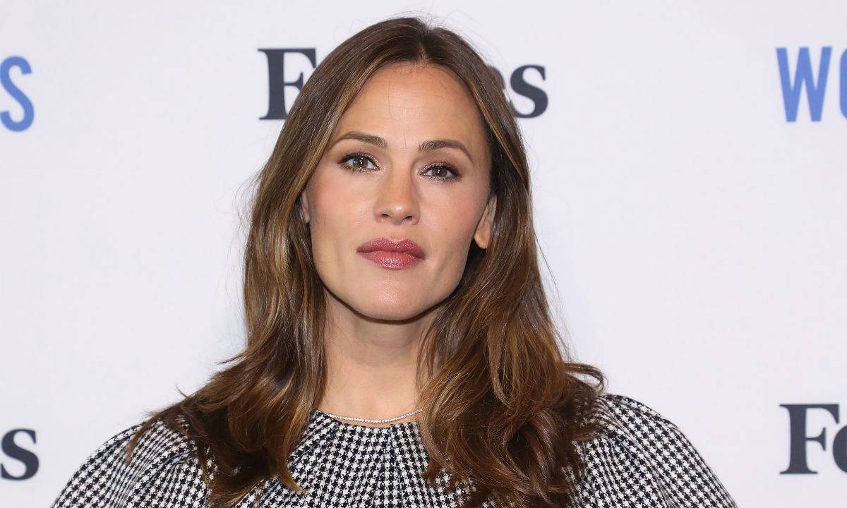 jennifer-garner-gets-candid-about-her-changing-body-says-shell-always-look-like-a-woman-whos-had-three-babies