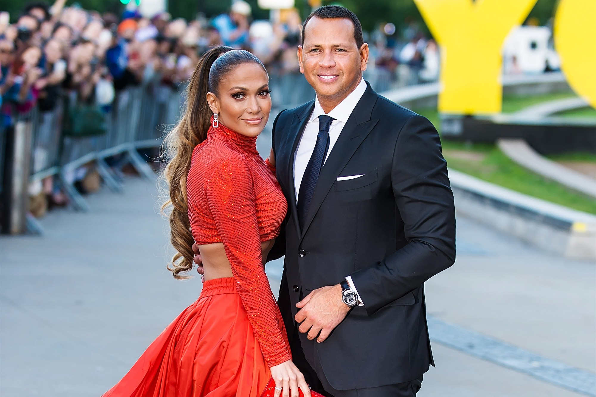 alex-rodriguez-reportedly-begging-jennifer-lopez-to-work-on-their-relationship-amid-split-reports