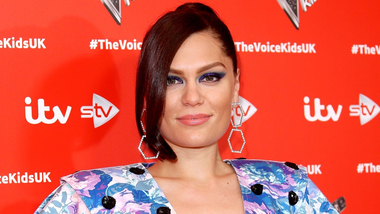 jessie-j-announces-shes-dating-dancer-max-pham-nguyen-and-shares-adorable-pda-pics
