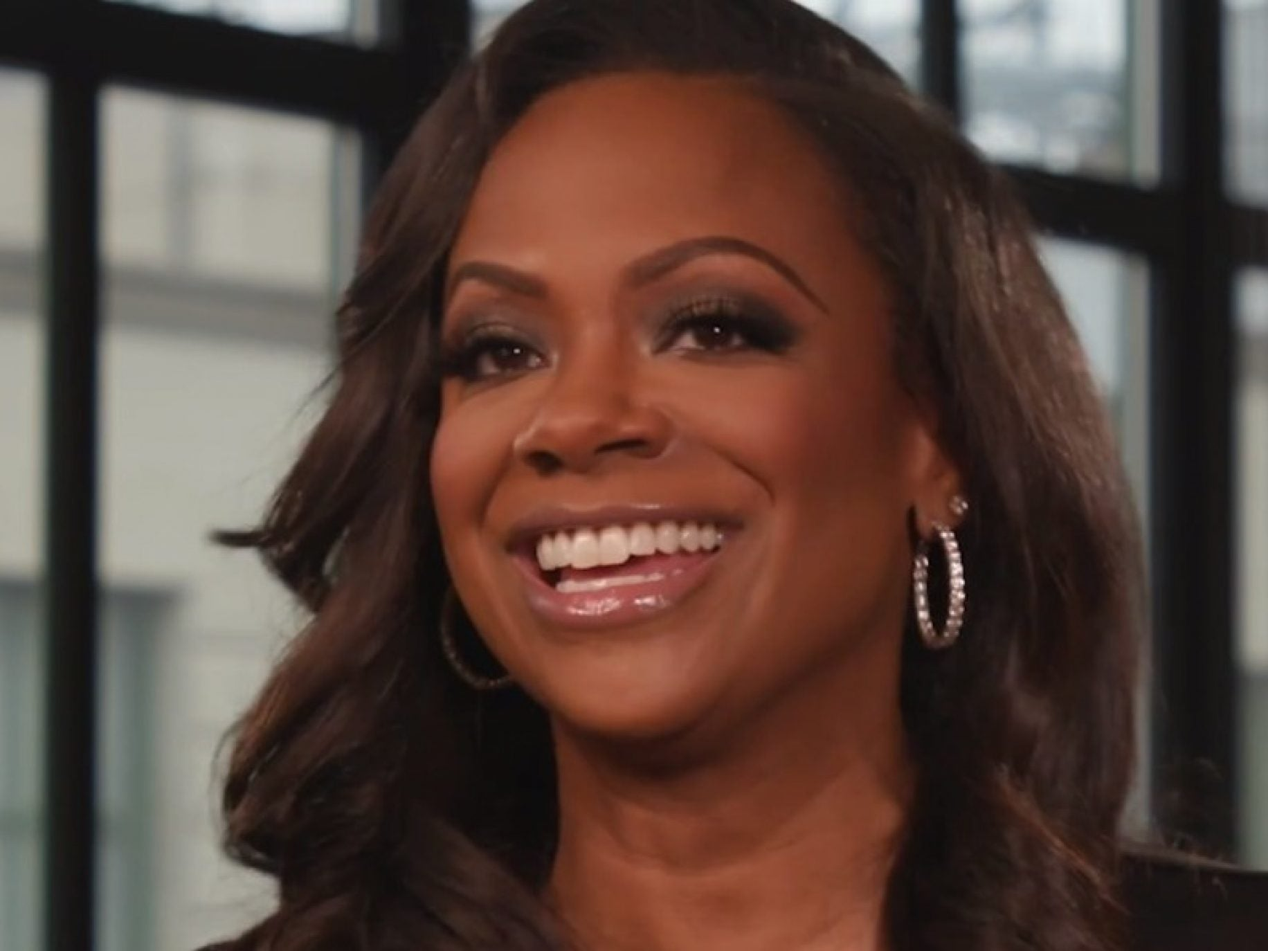 kandi-burruss-is-preparing-an-epic-90s-party-see-her-announcement