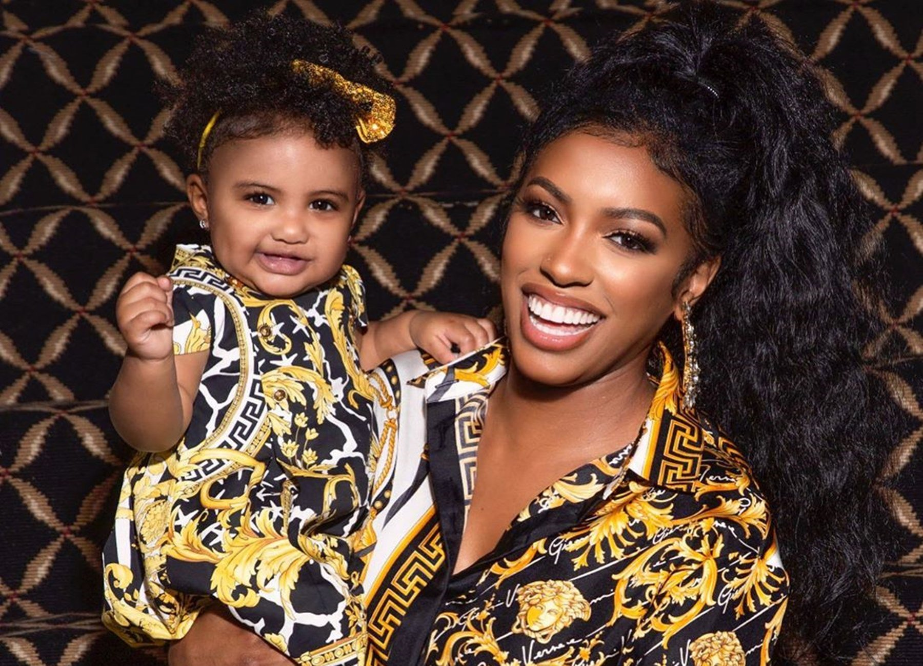 porsha-williams-shares-the-funniest-photos-with-her-baby-girl-pj