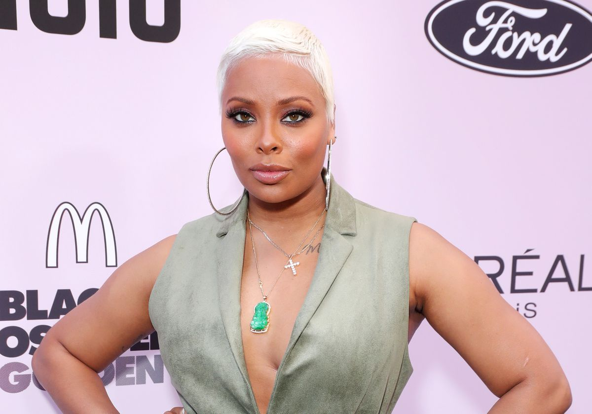 eva-marcille-has-some-fans-freaking-out-with-this-video-at-the-doctor