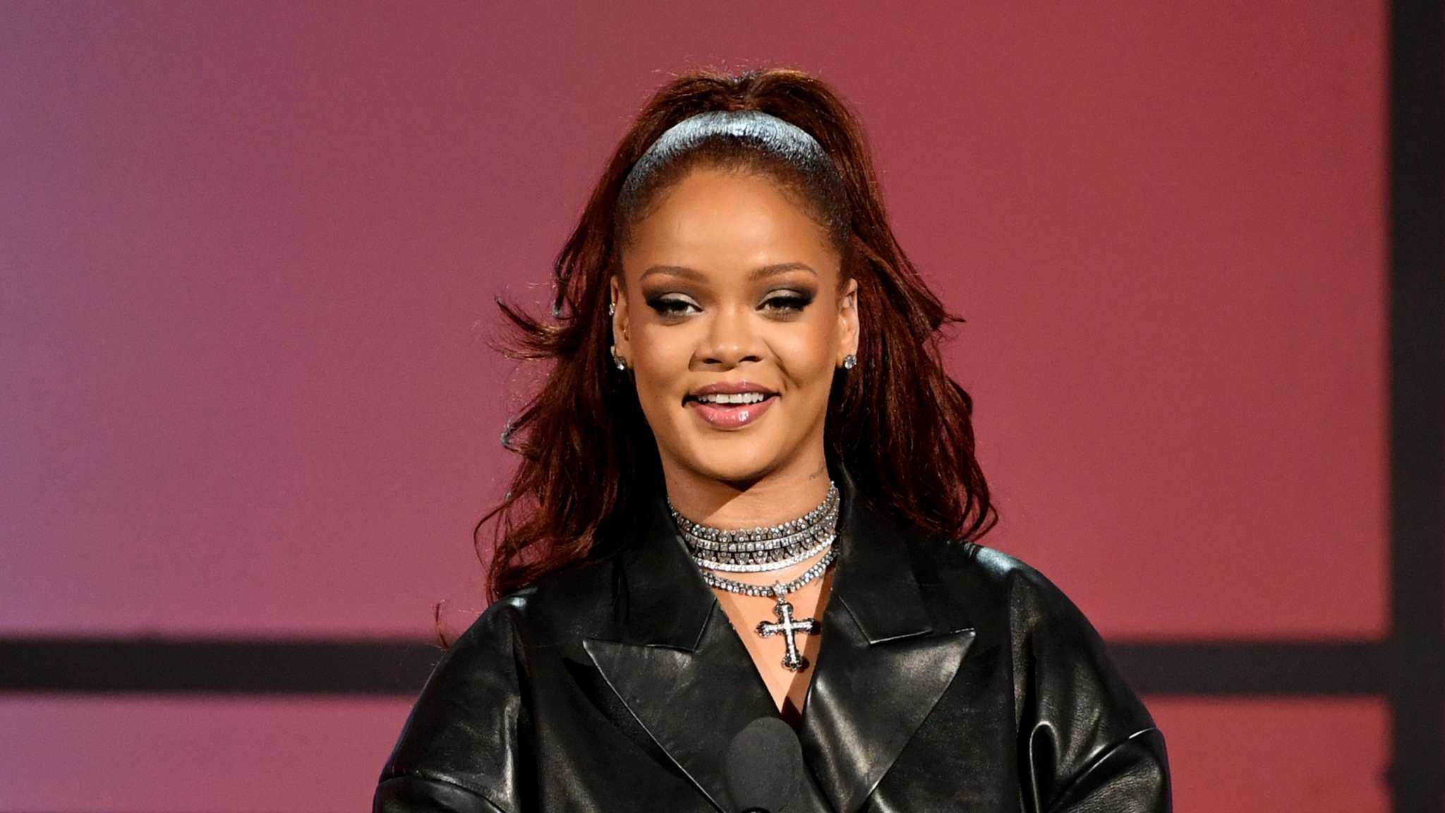 """""""rihanna-fans-super-excited-after-she-teases-new-music-is-coming-soon"""""""