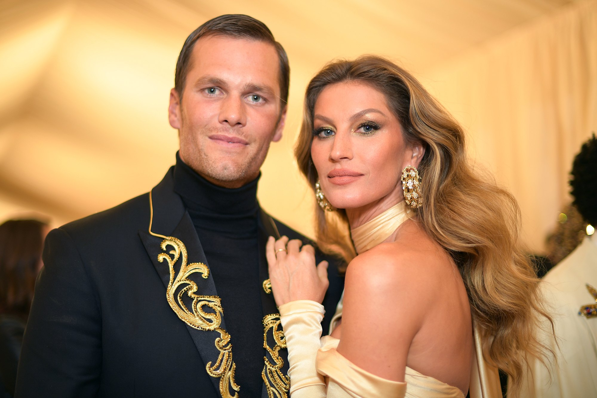 """""""tom-brady-reveals-how-he-avoided-the-retirement-talk-with-his-wife-gisele-bundchen-after-his-super-bowl-victory"""""""