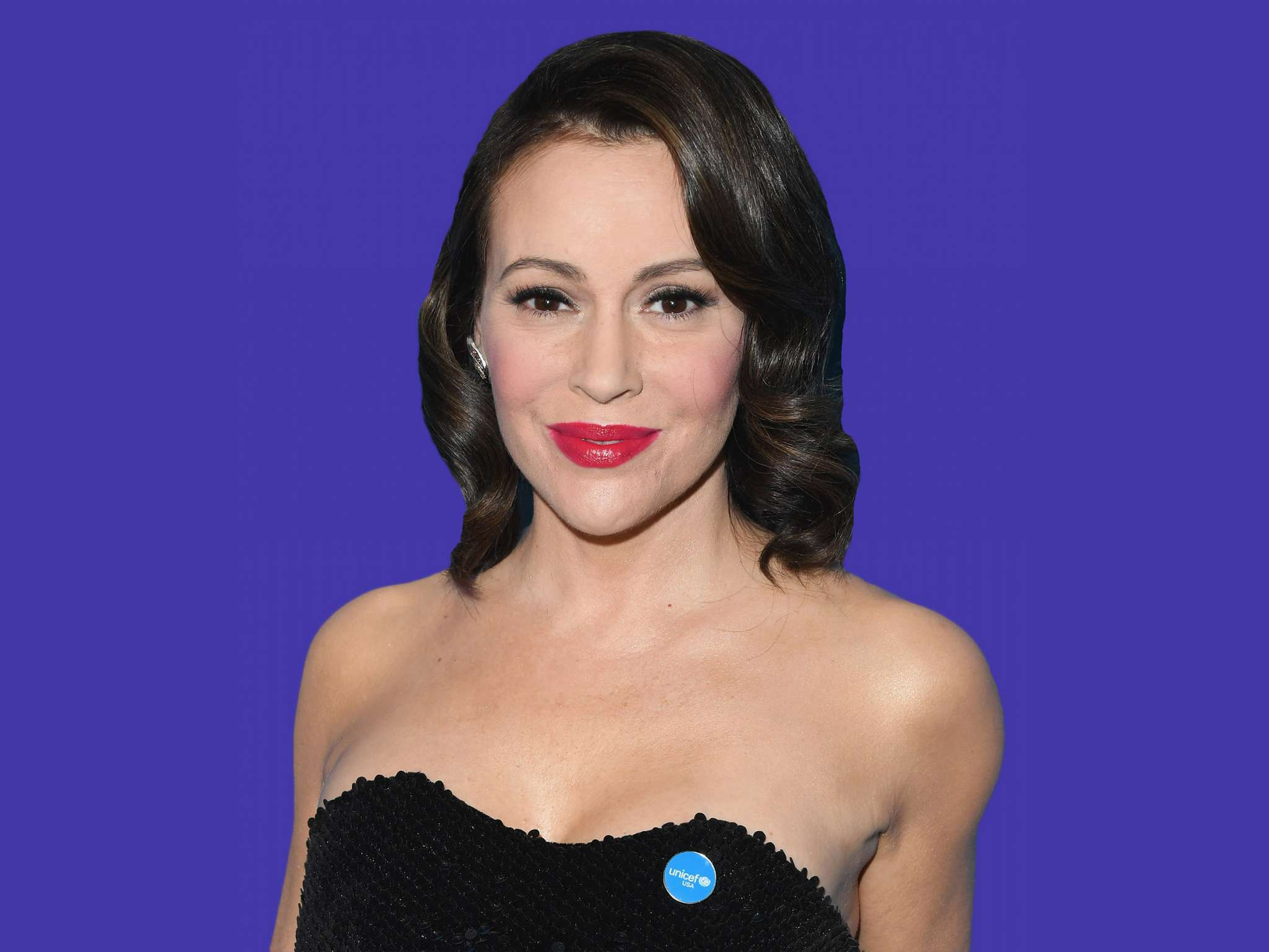 alyssa-milano-claps-back-at-hater-who-called-her-a-washed-up-actress