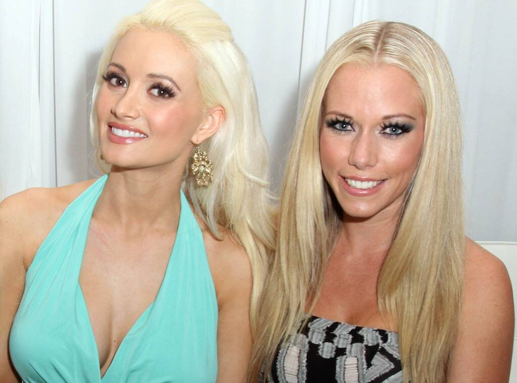 """""""kendra-wilkinson-reacts-to-holly-madisons-feud-claims-says-shes-moved-on-and-is-all-love-now"""""""