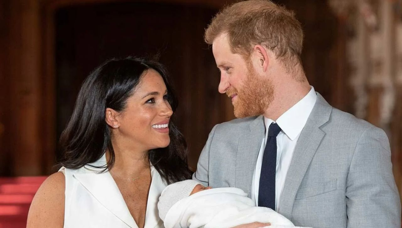 """prince-harry-doting-on-pregnant-meghan-markle-as-her-due-date-nears"""