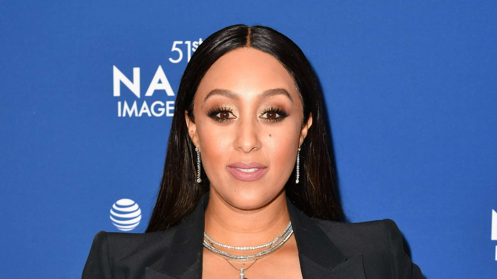 tamera-mowry-housley-reveals-she-is-the-seashell-on-the-masked-singer
