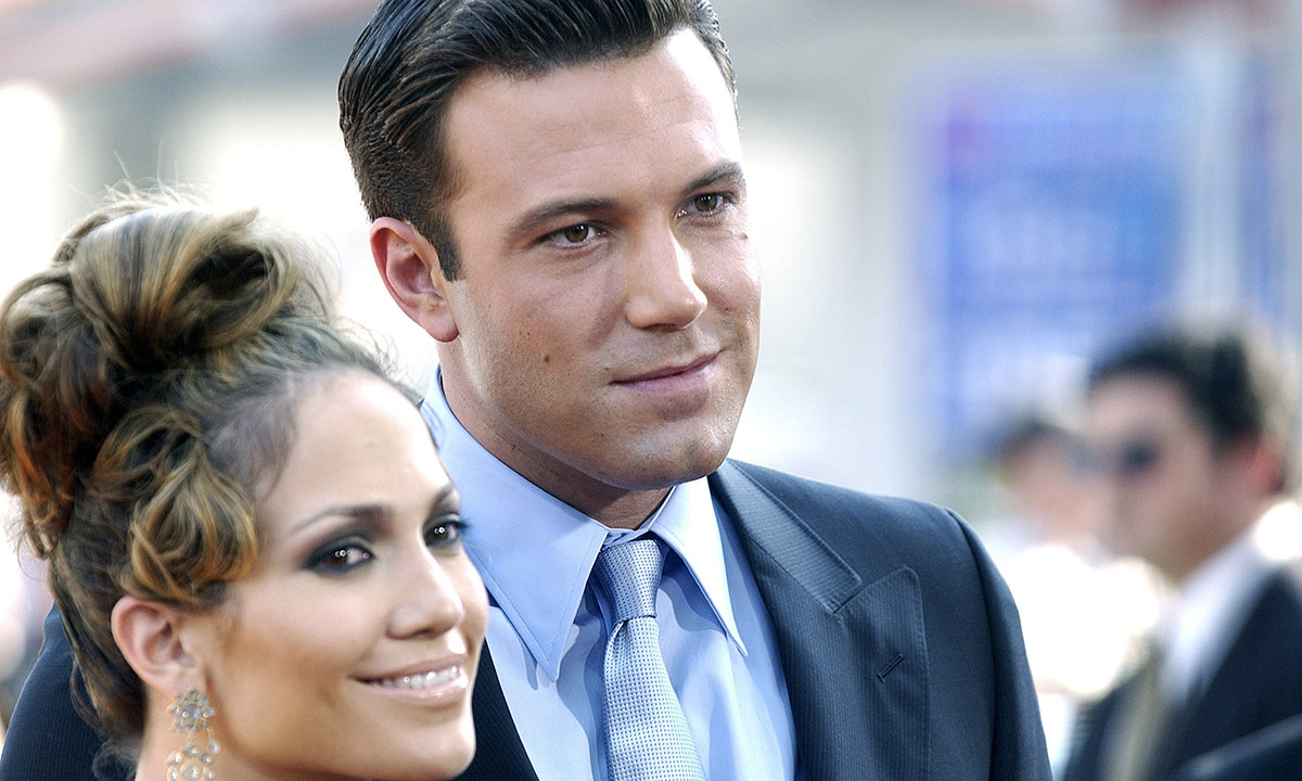 ben-affleck-and-jennifer-lopez-reportedly-committed-to-making-it-work-despite-distance