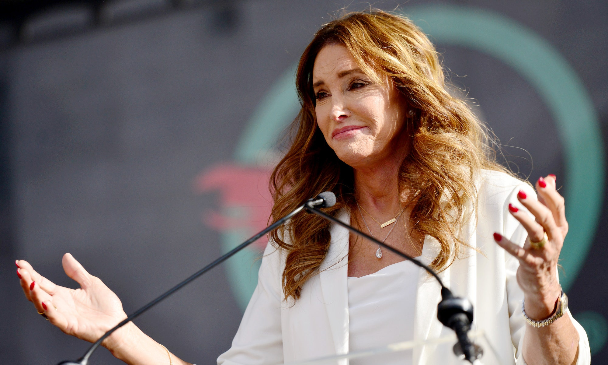 caitlyn-jenner-addresses-the-process-of-becoming-a-u-s-citizen