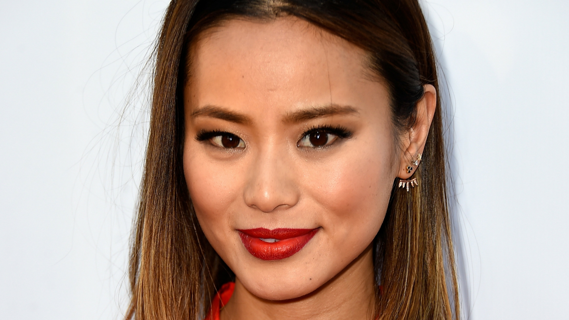jamie-chung-says-shes-speaking-from-experience-when-using-her-voice-to-condemn-asian-hate