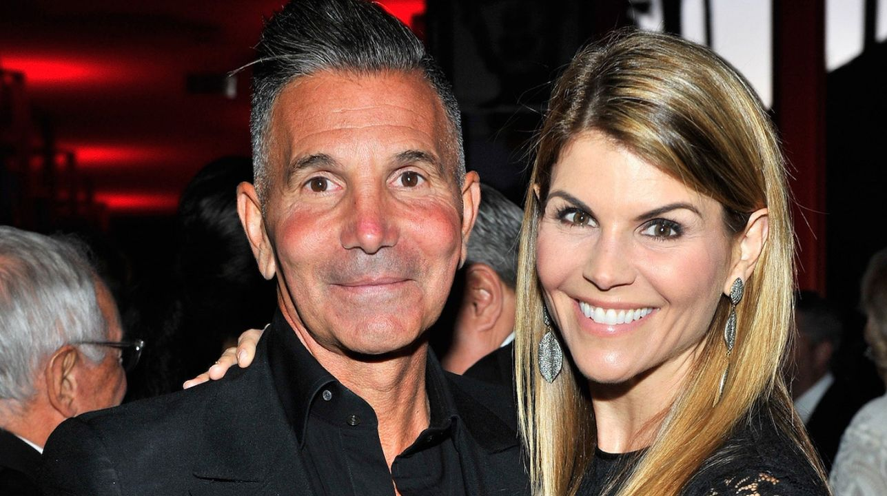 lori-loughlin-and-mossimo-giannulli-are-starting-over