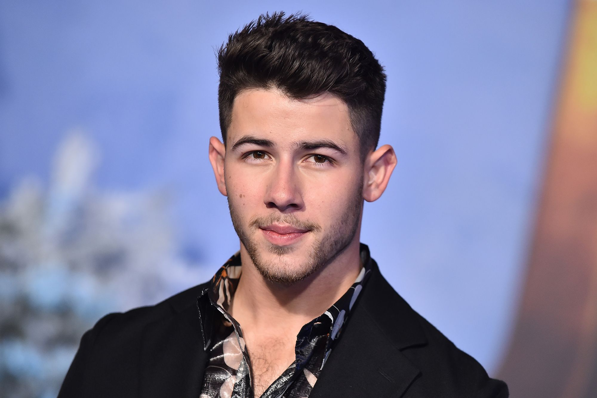 nick-jonas-cracked-a-rib-while-on-set-with-his-brothers-heres-what-happened