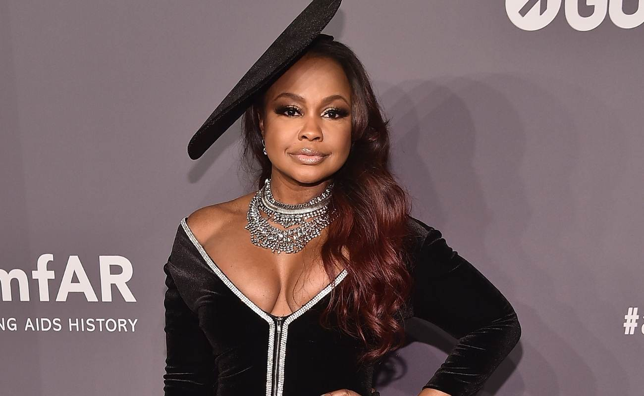 phaedra-parks-looks-gorgeous-in-her-latest-photos-check-her-out-while-she-is-celebrating