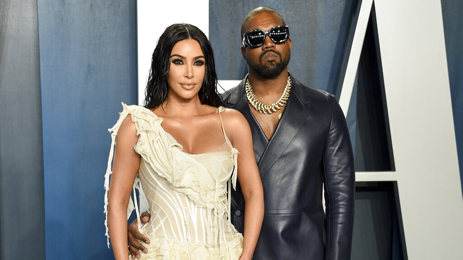 kim-kardashian-heres-what-it-would-take-for-the-kuwtk-star-to-call-out-the-divorce-and-take-kanye-west-back