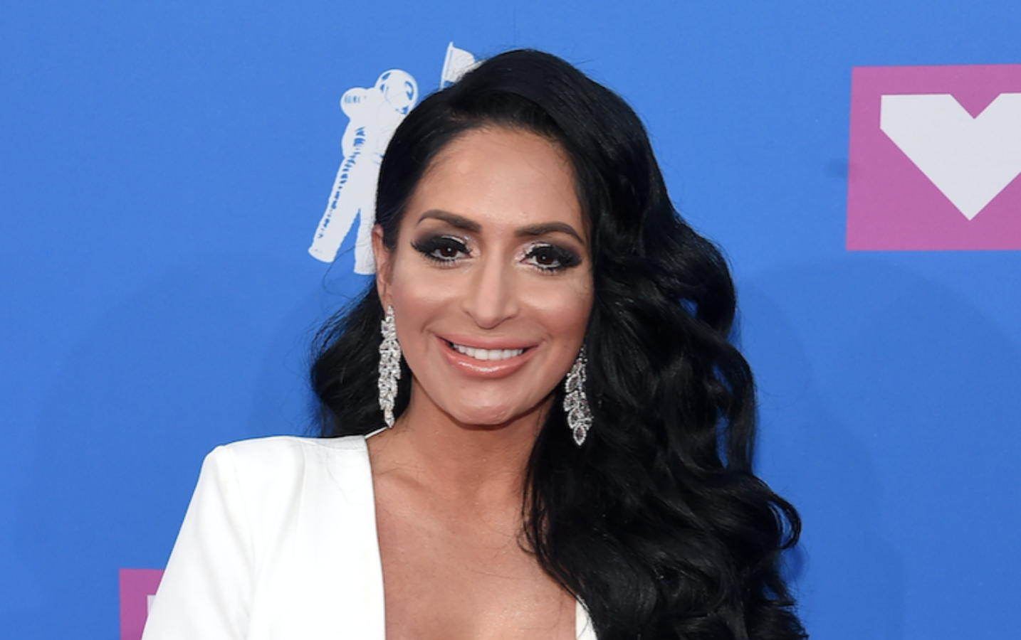 angelina-pivarnick-reveals-her-jersey-shore-castmates-helped-her-a-lot-amid-marital-problems